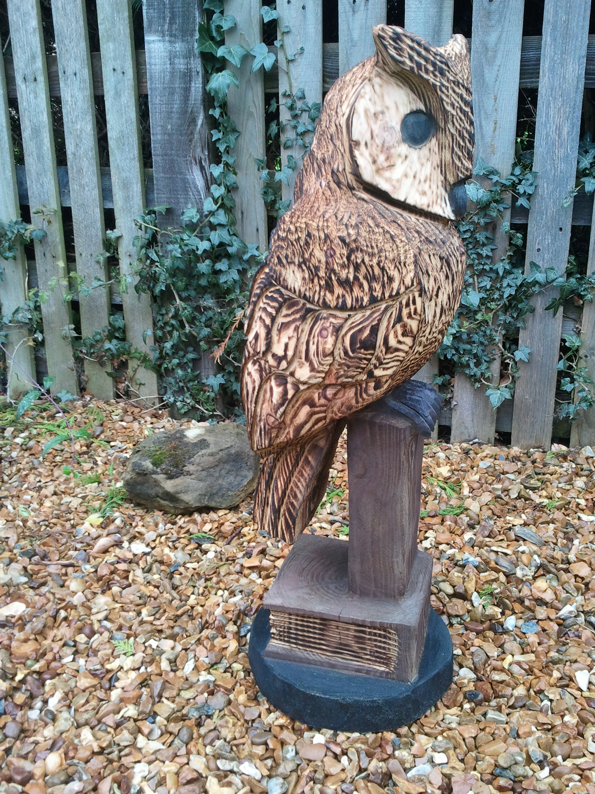 Custom great blue heron by woodworks chainsaw carving custommade